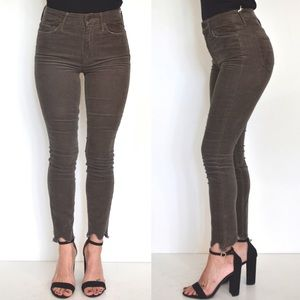MOTHER High Waisted Looker Ankle Chew Jeans